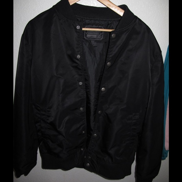 230a74d44 Forever 21 (21 men) black bomber/windbreaker