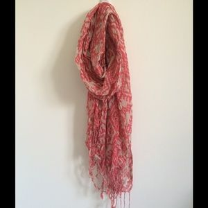 Forever 21 tribal coral and cream scarf