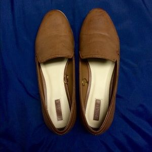 Shoes - Tan/light brown loafers
