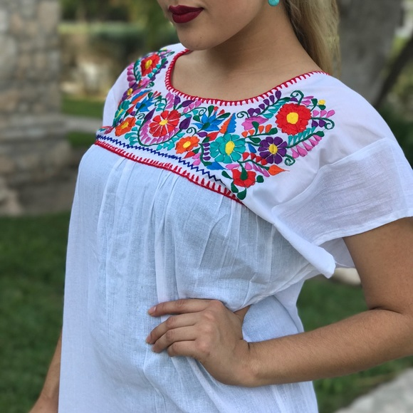 27959907f60ff Mexican Top Embroidered White   Colorful Cotton S