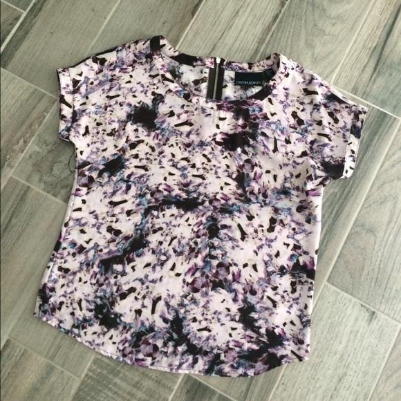 Cynthia Rowley Tops - Purple patterned Cynthia Rowley top