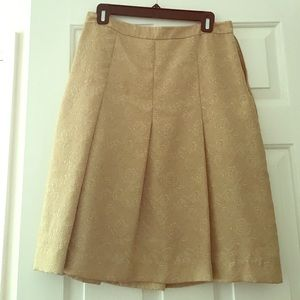 Beautiful Gold Skirt Old Navy size 6