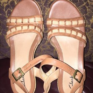 Clarks Shoes - Clarks brown woven sandals