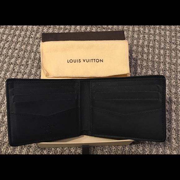 6c345dfd892 Authentic Louis Vuitton Men's slender wallet black