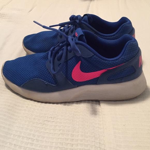 Nike Kenji blue & pink women's size 8
