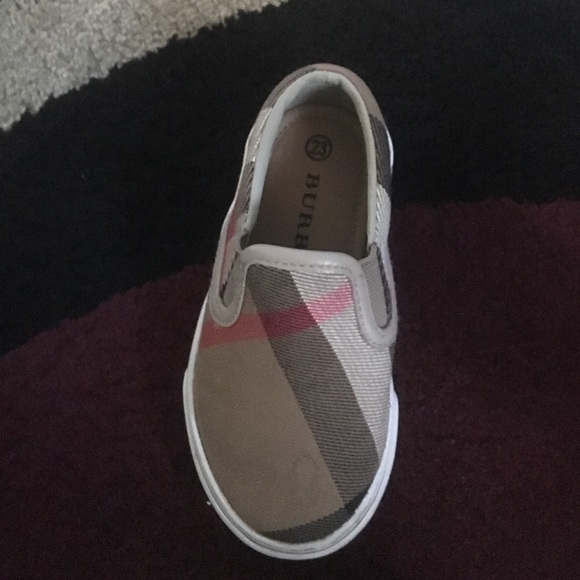 off Burberry Shoes Brand new authentic Burberry