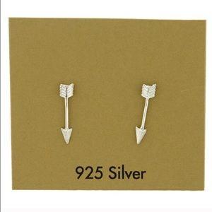 Jewelry - Price firm‼.925 sterling arrow earrings.