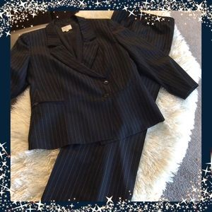 ARMANI COLLEZIONIVintage Suit/blazer and pants