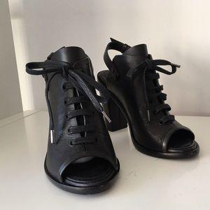 RAG & BONE BLACK TRAFFORD HEEL BOOTIES, SIZE 37