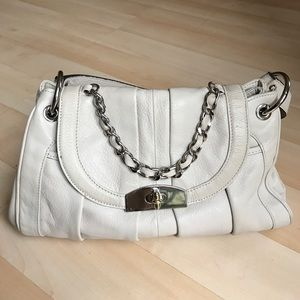 B Makowsky Handbags - Off white / very light grey pebbled leather purse