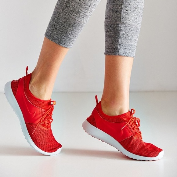 red sneakers womens nike