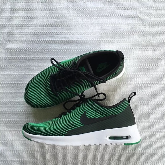 hot sale online b46e8 43ff1 Womens Nike Air Max Thea Jacquard Sneakers