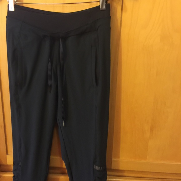 3805d45f6b lululemon athletica Pants - NWOT Lululemon Waterproof Running Pants Sz 6