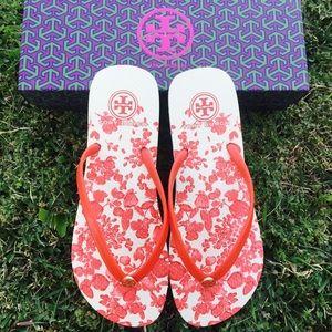 {Tory Burch} Issy Flip-flops