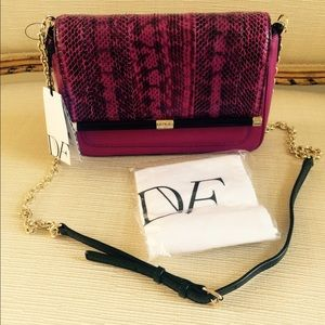DIANE VON FURSTENBERG fuchsia leather snake bag