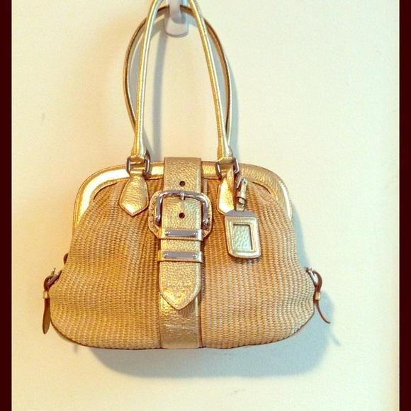 f2d47c892a4a PRADA raffia and gold leather bag. M_57c18a244225beb862000785