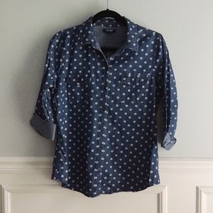 Old Navy polka dot chambray button down shirt