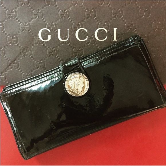 842bb5af9df2 Gucci Bags   Black Patent Leather Wallet   Poshmark