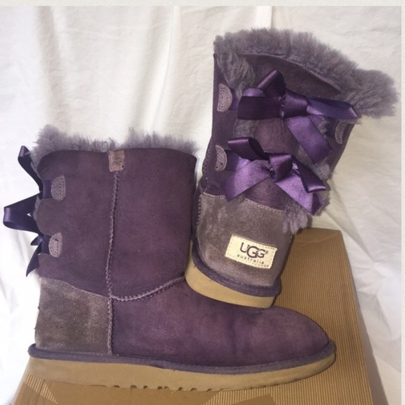 HUMPDAY SALE☀️️Purple Bailey bow UGGS