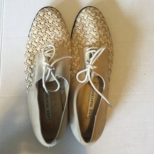 Ann Marino Woven Oxford ladies shoe