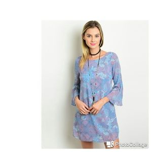 Dresses & Skirts - Floral Bell Sleeve Dress