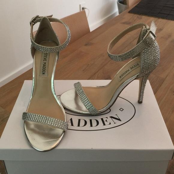 589700dd9b7 Steve Madden Realov-R Rhinestone Dressy Sandals! M 57c1c9077fab3a7ac3018140