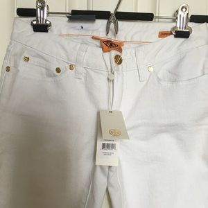 Tory Burch NWT, Skinny White Jeans, Size 25