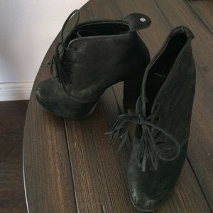 Steve Madden Ankle Booties! Size 6.5!
