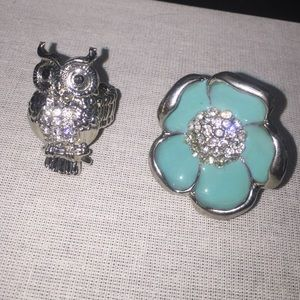 Jewelry - 2 adjustable novelty rings