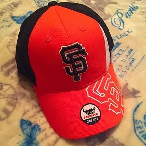 Accessories - SF Giants hat!!