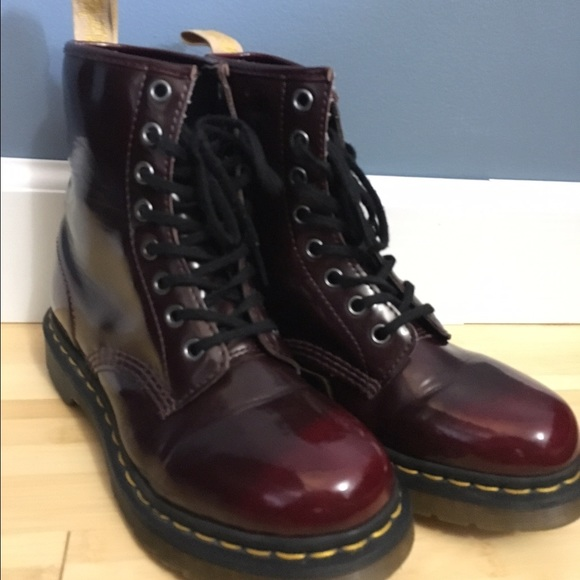 c15597e91d4e Dr. Martens Shoes - Dr. Marten Air Wiz shiny maroon Leather boots