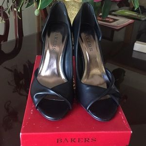 Bakers Shoes - Brand new bakers heels💃🏻