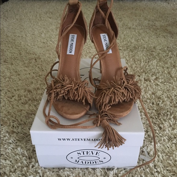 2096f3b6ac4 Steve Madden Sassey Fringe in the color blush NWT