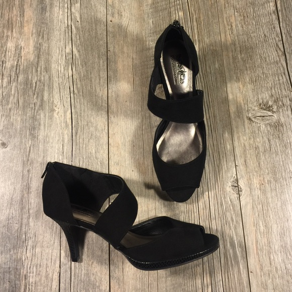 94fef2bd050 FINAL price Coach and Four black strap heels
