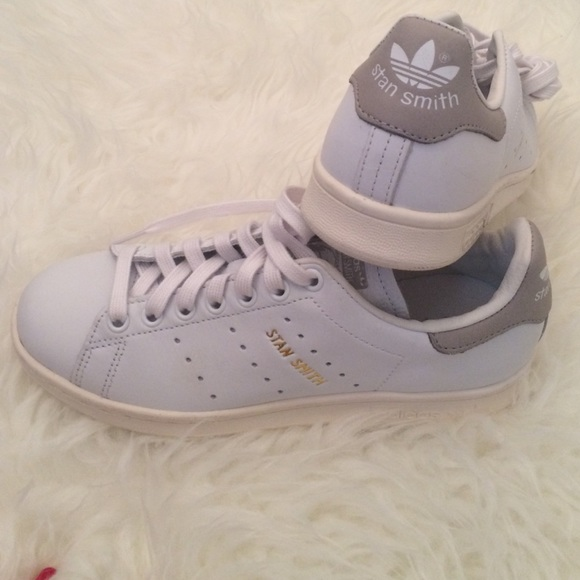 NEW Adidas stan smith limited edition tennis shoes
