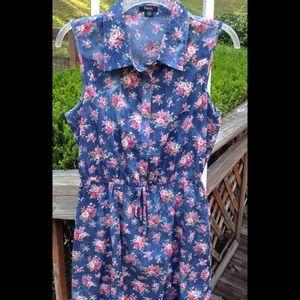 Rhapsody Dresses & Skirts - Floral dress