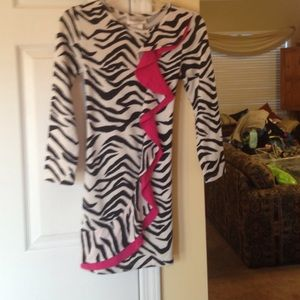 Rare Editions Other - NWOT Rare Editions Zebra Sweater Dress with Ruffle