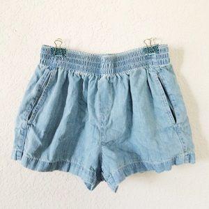 Pants - Light denim chambray shorts pockets elastic waist
