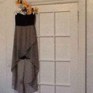Dresses & Skirts - HiGH LOW NWOT DRESS  SMALL