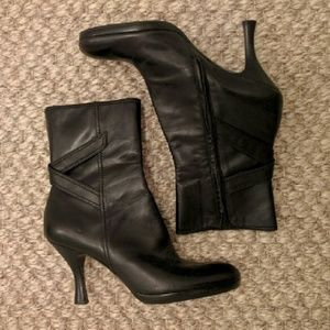 Black Leather Heeled Ankle Boots/Booties