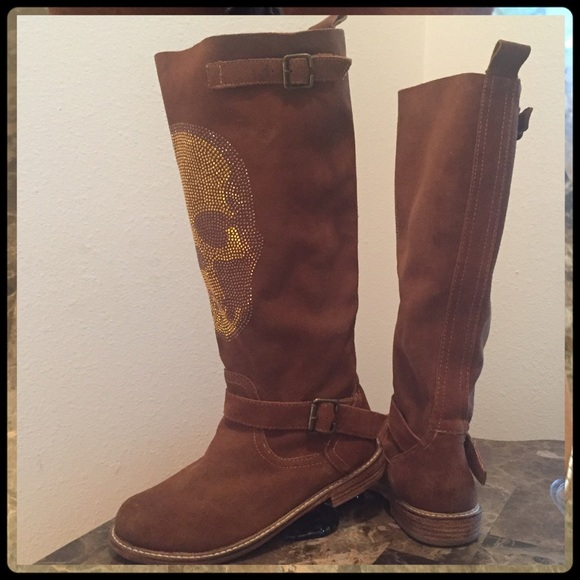 76 zigi soho shoes fall preview skully suede boots