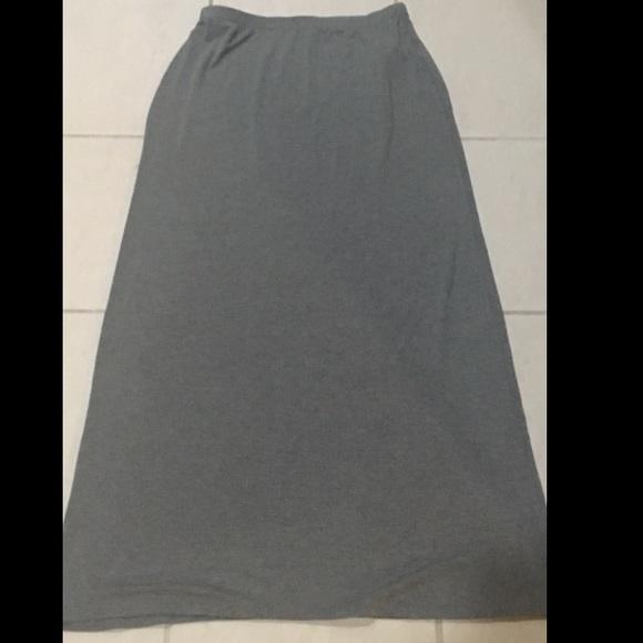 cotton on cotton on gray maxi skirt size medium from
