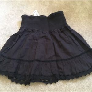 Black Size Small Ruffle Like Skirt NWT