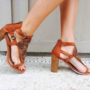 Leila Stone Aztec Heels *BNWOT* 💕💕