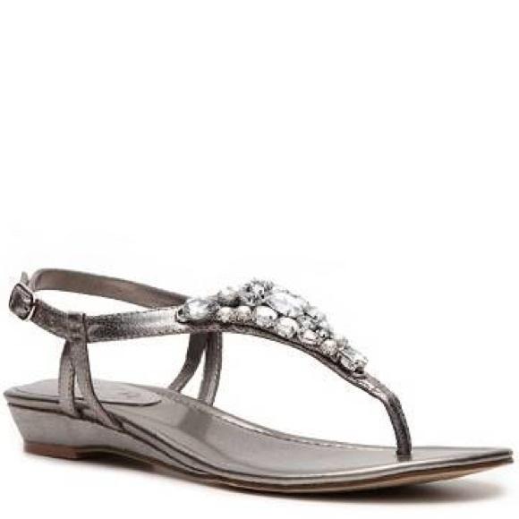 8d9ac87a2f0 Unisa Laurel Sandal Women s Flat Sandals. M 57c31e37981829bf9503aff8