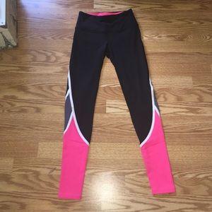 VSX workout leggings