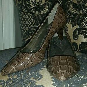 Taupe Bandolino Supermodel Size  Shoes On Sale
