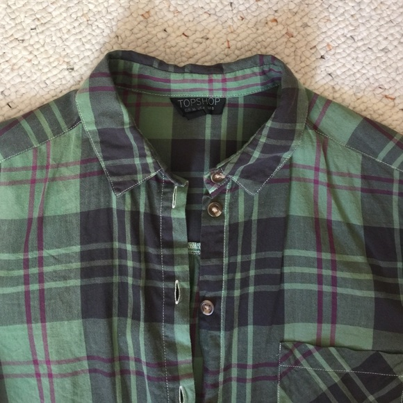 Topshop Tops - 💚 green plaid-patterned top 💚