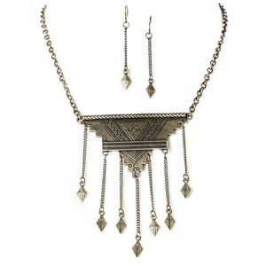 💥SALE💥Triangle w Chain Drop Necklace & Earring