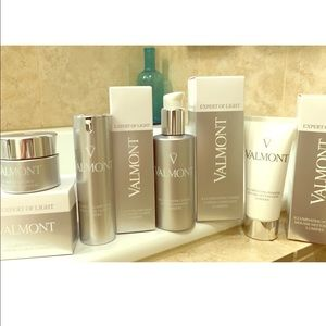 Valmont Other - Valmont Radiance & Glow Set